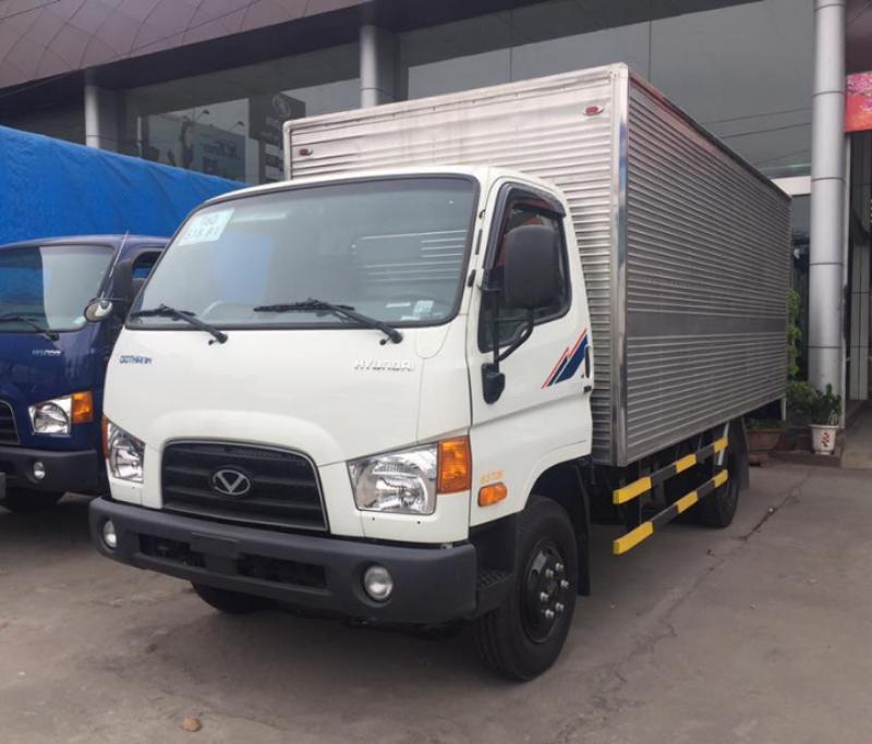 Xe tải Hyundai 110S Thùng Kín 7 Tấn Thành Công