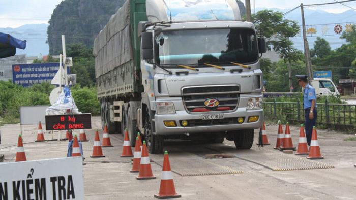 Trọng tải của xe không được vượt quá 10% trọng tải cho phép của xe