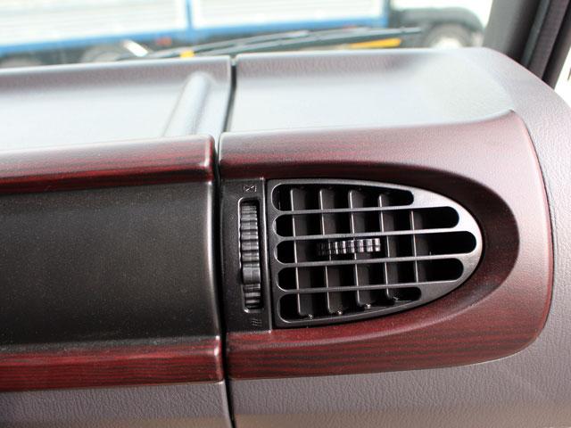 Hyundai HD700 đầu kéo