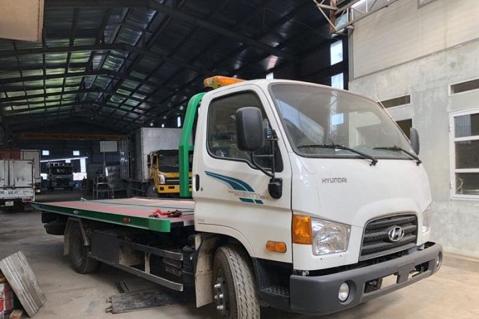 Xe tải Hyundai 110S Cứu Hộ Sàn Trượt Càng Kéo