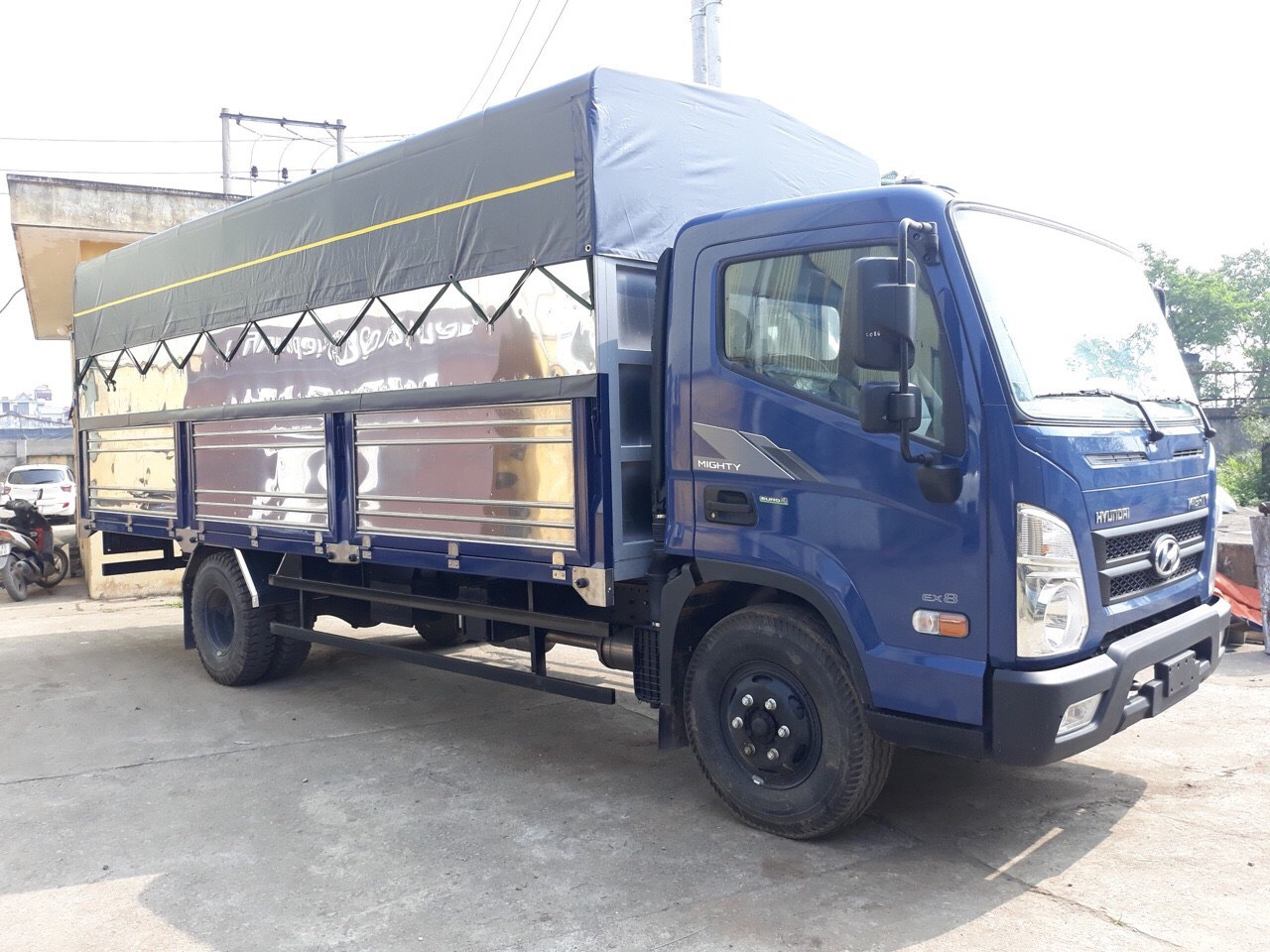 Bán xe tải Hyundai EX8 tại Tuyên Quang