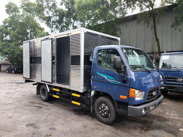 Giá lăn bánh xe tải Hyundai 75S thùng kín