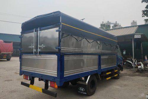 Xe tải 3.5 tấn Hyundai 75S thùng bạt