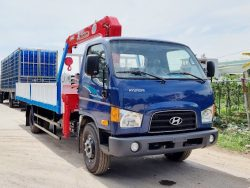 Hyundai 110XL gắn cẩu 3 tấn thùng 6m
