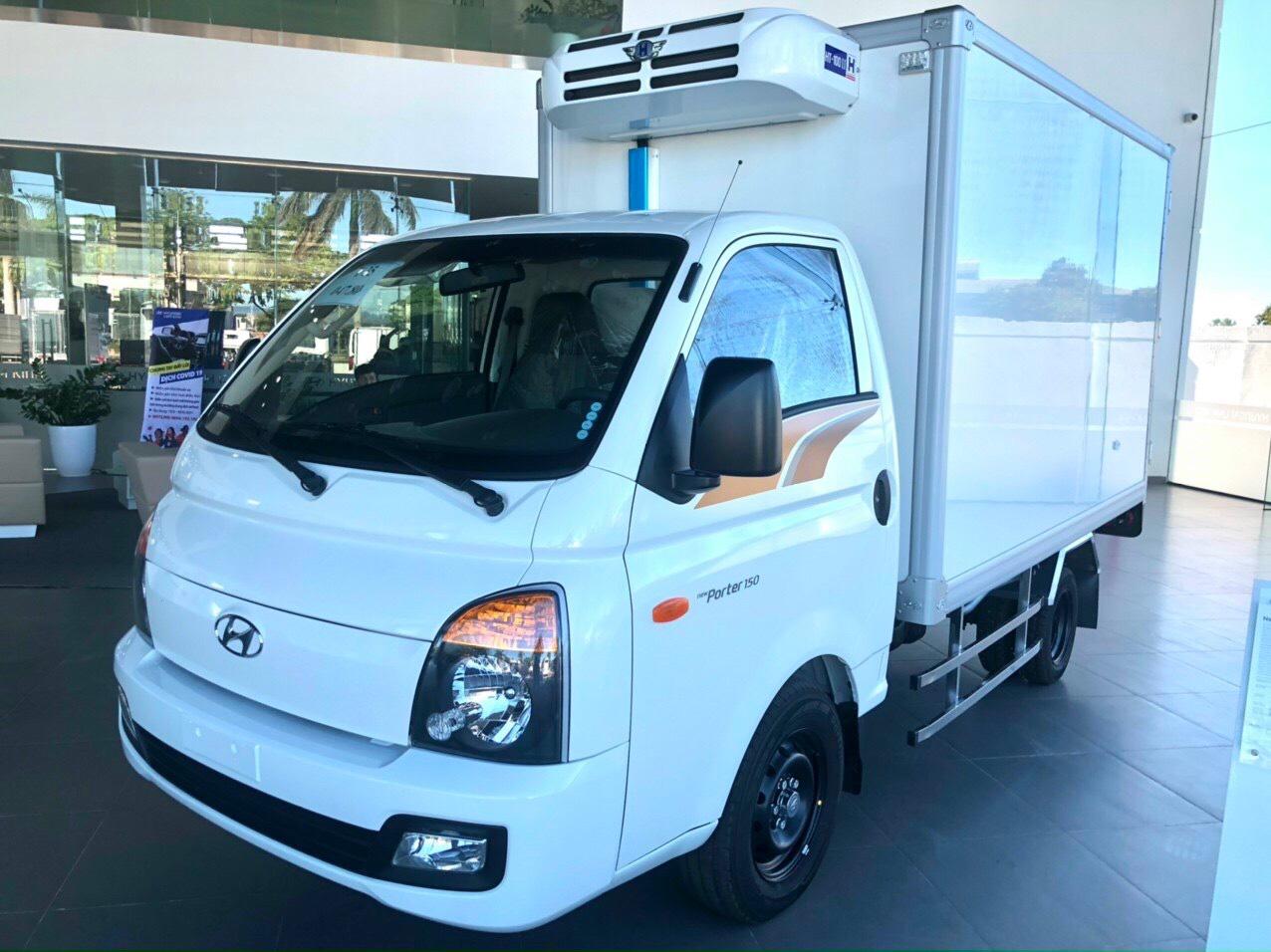 Hyundai H150 thùng đông lạnh tải trọng 1 tấn