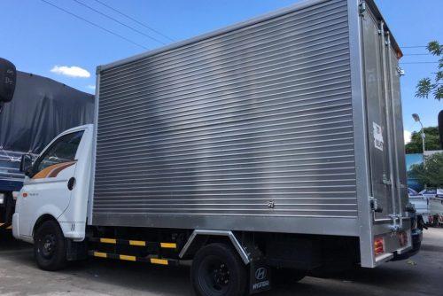 Hyundai H150 thùng kín inox 1.5 tấn
