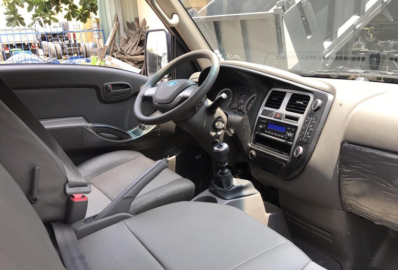 Nội thất Hyundai H150 thùng đông lạnh