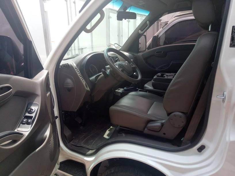 Khoang cabin xe đông lạnh Porter II
