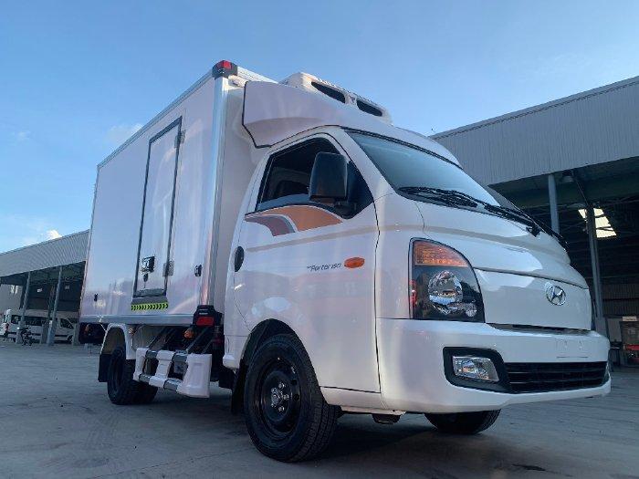 Xe đông lạnh 1 tấn Hyundai