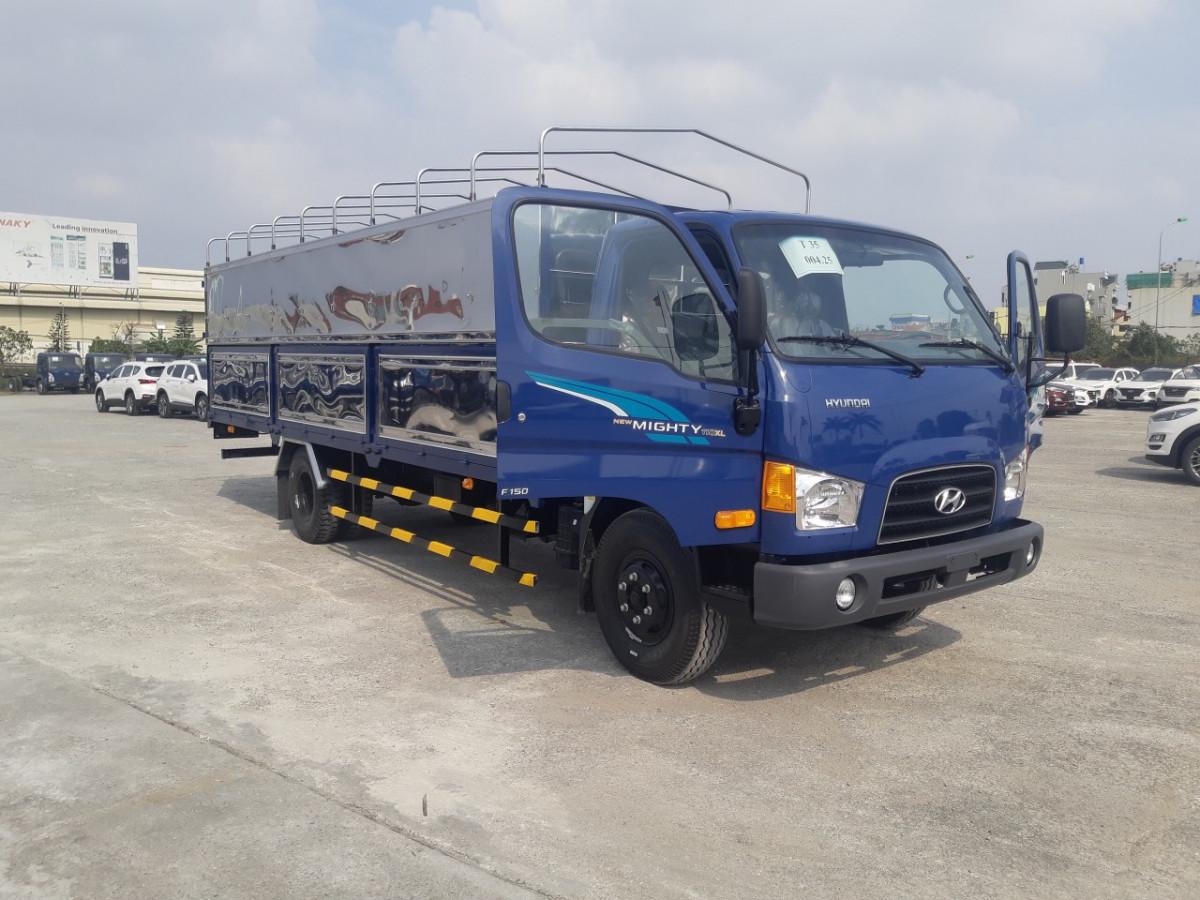 Xe tải 3.5 tấn Hyundai 110XL nâng tải 7 tấn thùng bạt