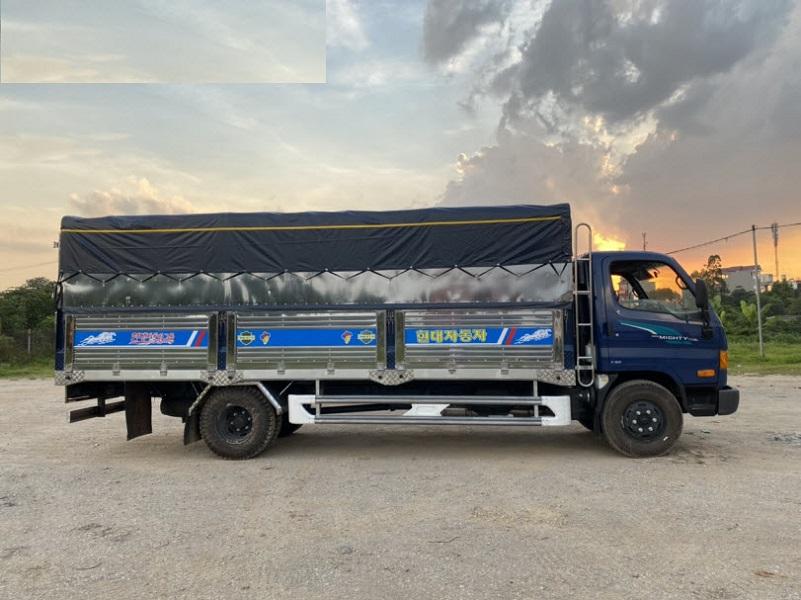Hyundai Mighty 110SL thùng bạt 7 tấn