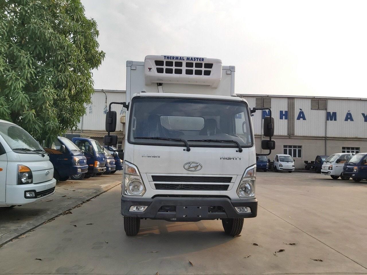 Xe thùng đông lạnh 7 tấn Hyundai EX8 GTL