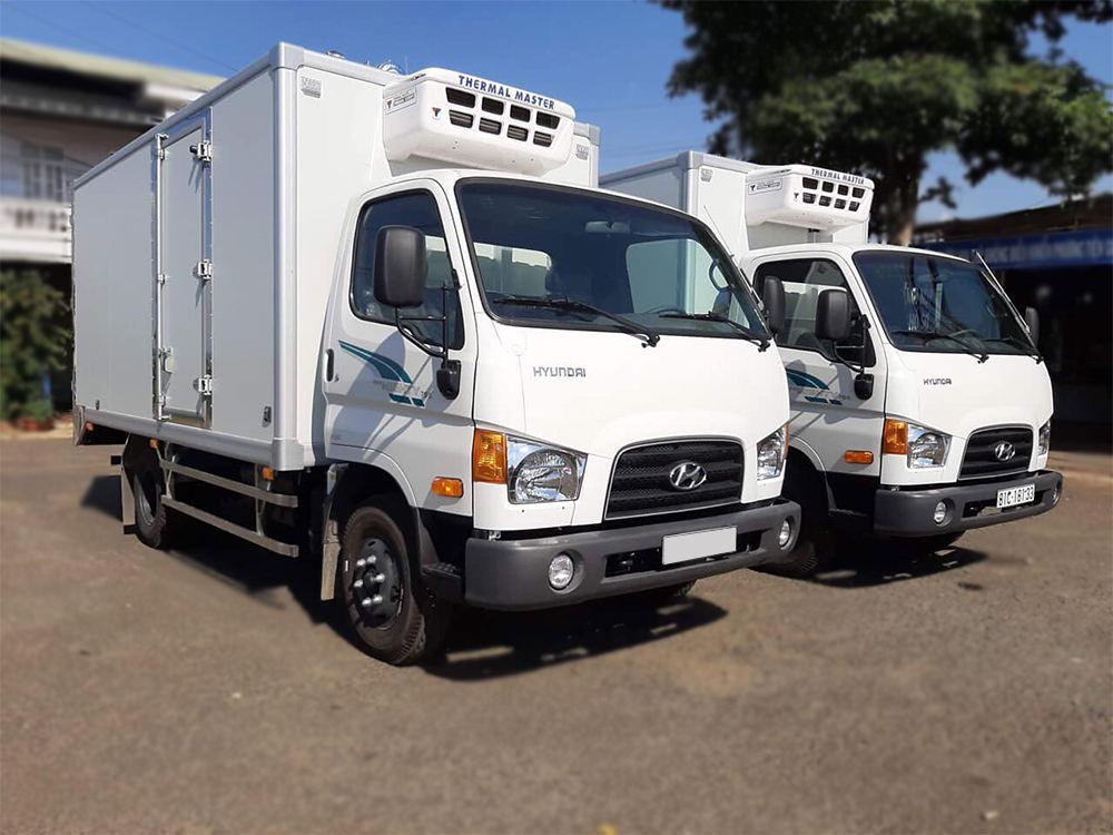 Đóng thùng đông lạnh xe Hyundai 75S