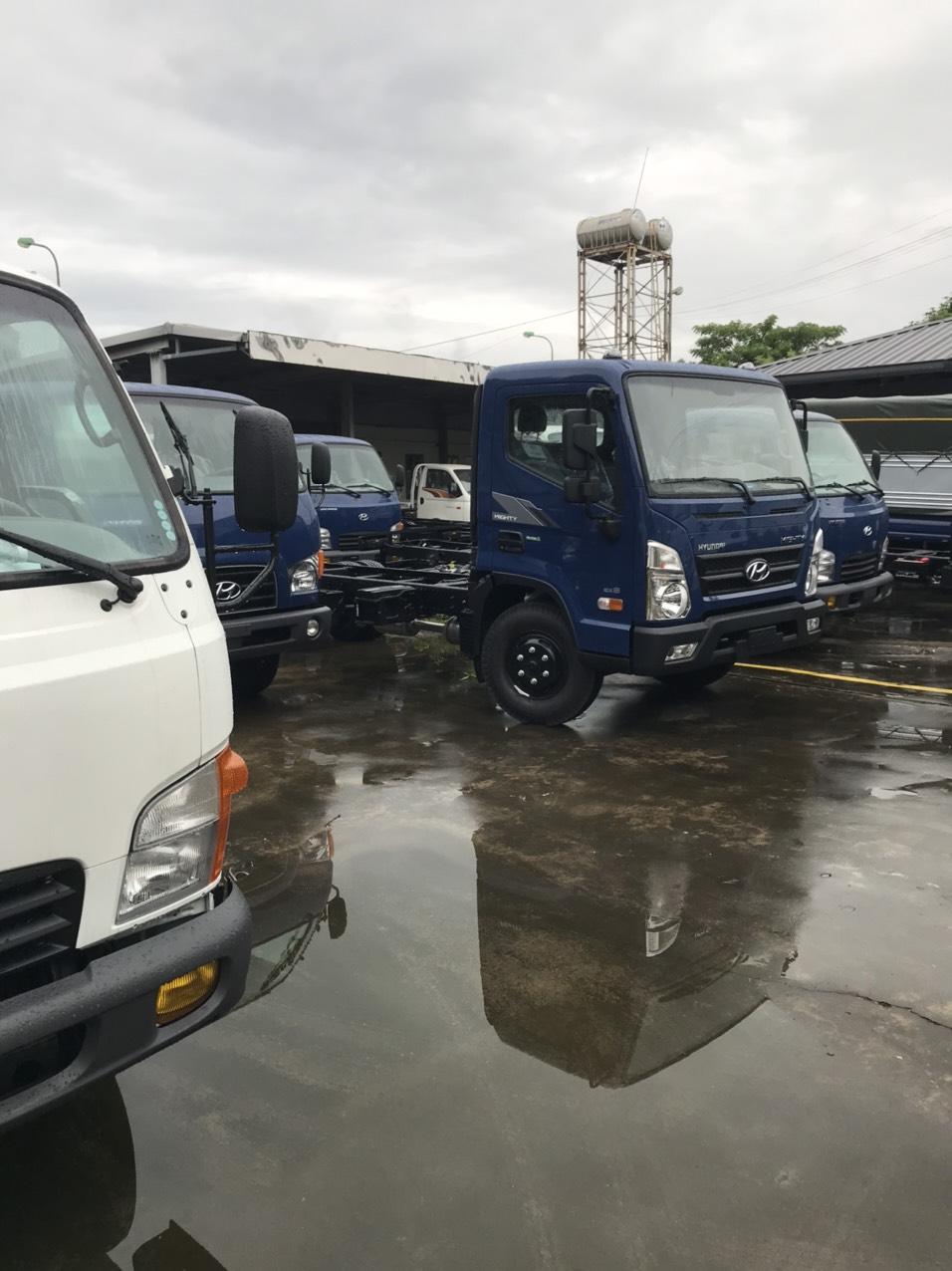 Mua xe tải Hyundai